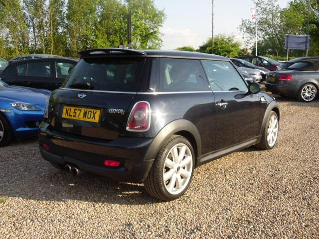 used mini cooper 2007 black colour petrol s 1 6 hatchback for sale in nuneaton uk autopazar. Black Bedroom Furniture Sets. Home Design Ideas