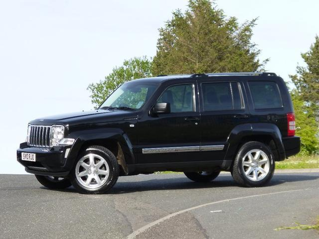 used jeep cherokee 2010 black paint diesel 2 8 crd limited. Black Bedroom Furniture Sets. Home Design Ideas