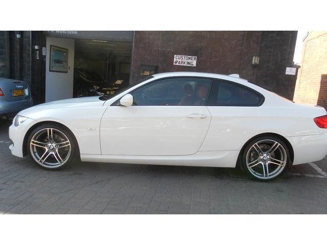 used bmw 3 series 2010 diesel 320d m sport coupe white with car immobiliser for sale autopazar. Black Bedroom Furniture Sets. Home Design Ideas