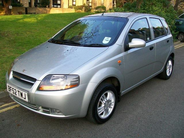 Used Daewoo Kalos 2003 Petrol 1.4 Sx 5dr Hatchback Silver Manual For