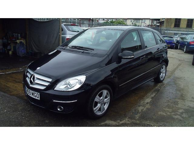 Used mercedes benz 2009 manual diesel class b180 cdi se for Used mercedes benz diesel for sale