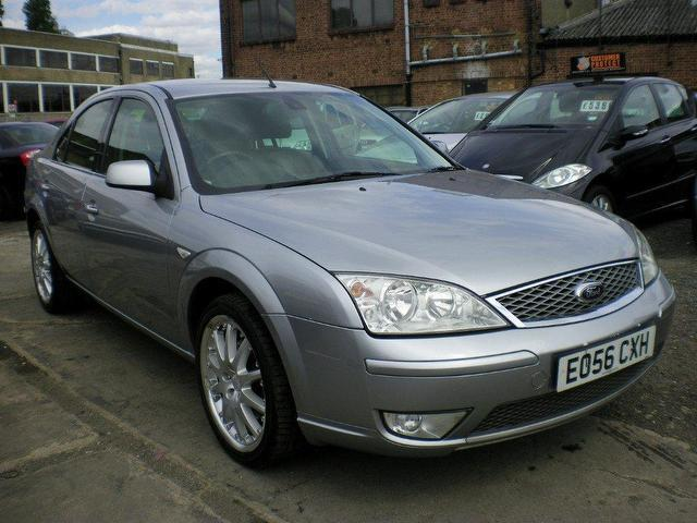 used ford mondeo 2006 diesel 130 ghia x hatchback. Black Bedroom Furniture Sets. Home Design Ideas