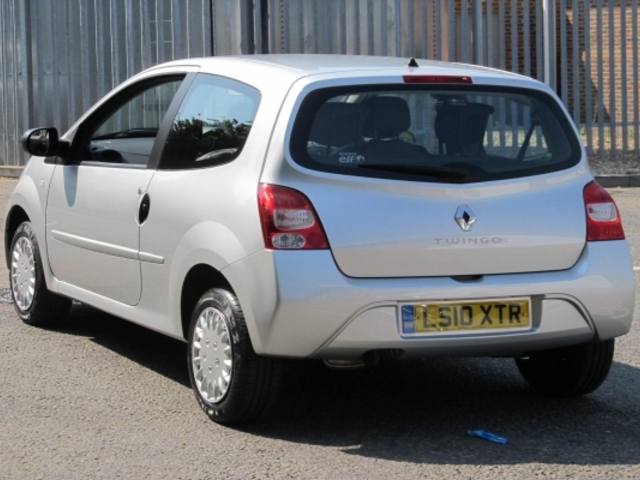Used Renault Twingo  Silver 2010 Petrol for Sale in UK