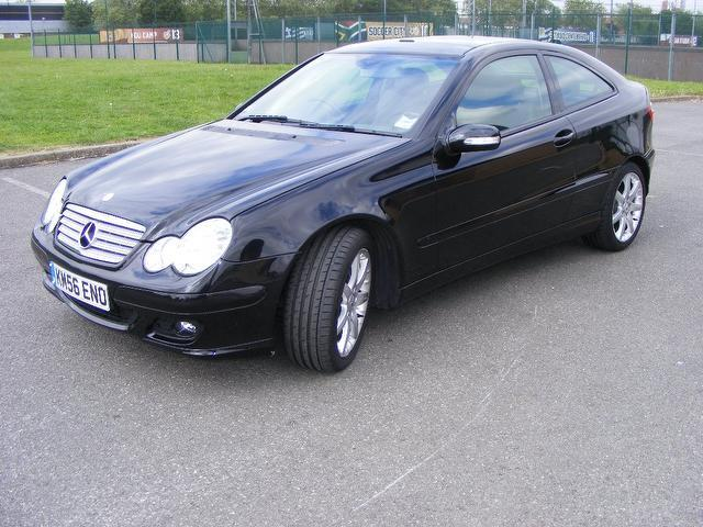 used mercedes benz 2006 diesel class c220 cdi se coupe. Black Bedroom Furniture Sets. Home Design Ideas