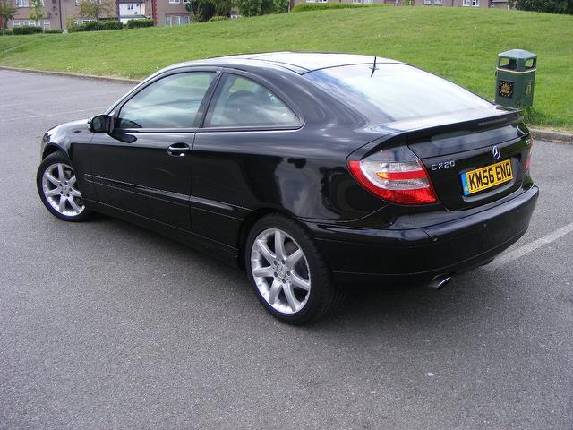 used mercedes benz 2006 diesel class c220 cdi se coupe black edition for sale in wembley uk. Black Bedroom Furniture Sets. Home Design Ideas