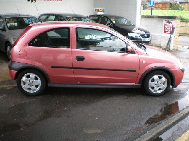 used vauxhall corsa 2000 petrol 1 4i 16v elegance 3dr hatchback pink manual for sale in 2014 Vauxhall Corsa Vauxhall Corsa Stanced
