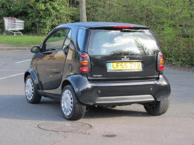 used smart fortwo 2005 automatic unleaded coupe black for sale uk autopazar. Black Bedroom Furniture Sets. Home Design Ideas