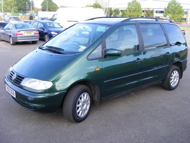 used green volkswagen sharan 2000 diesel 1 9 tdi 110 carat estate excellent condition for sale. Black Bedroom Furniture Sets. Home Design Ideas