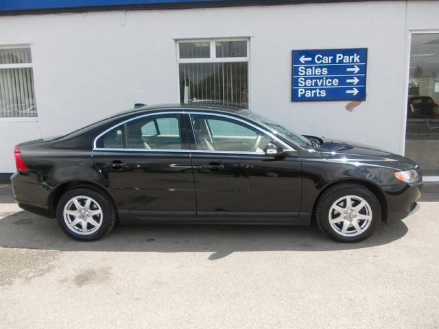 used volvo s80 2007 black paint diesel 2 4 d s 4dr saloon for sale in wirral uk autopazar. Black Bedroom Furniture Sets. Home Design Ideas