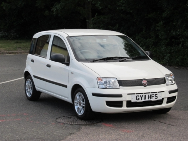 used fiat panda 2011 white paint petrol for sale in epsom uk autopazar. Black Bedroom Furniture Sets. Home Design Ideas