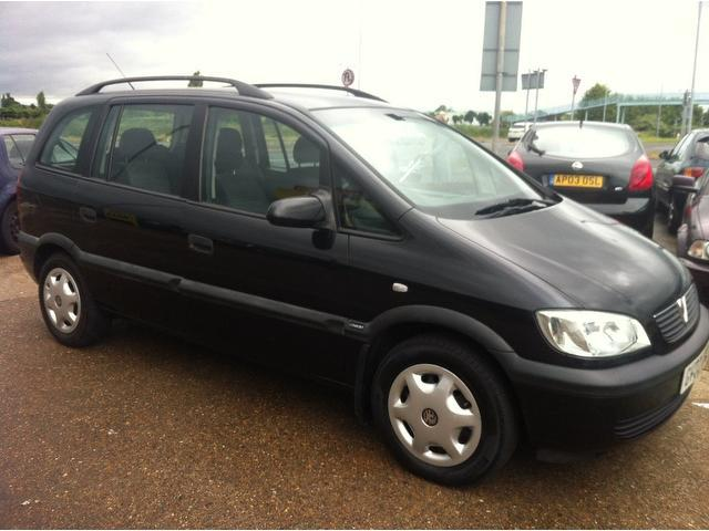 used 2002 vauxhall zafira estate black edition 2 0 dti comfort 5dr diesel for sale in ashford uk. Black Bedroom Furniture Sets. Home Design Ideas