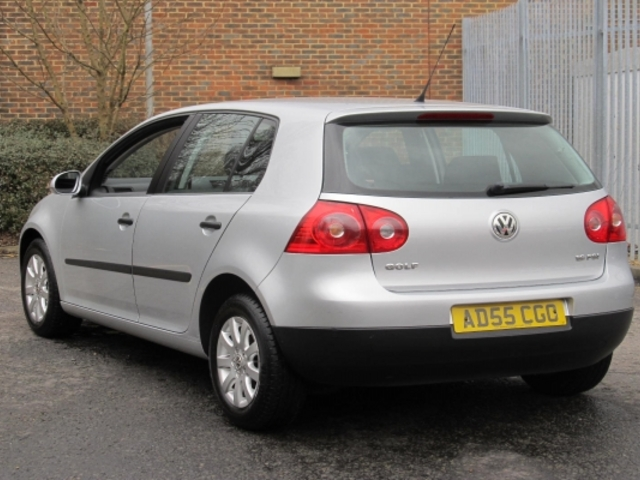 used silver volkswagen golf 2005 petrol in great condition for sale autopazar. Black Bedroom Furniture Sets. Home Design Ideas