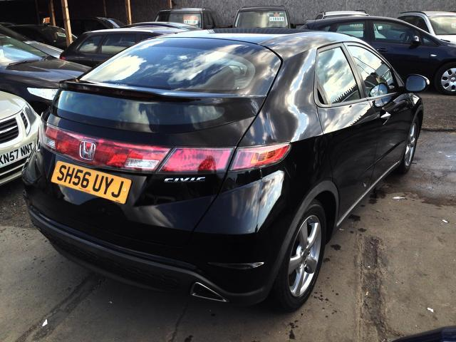used 2006 honda civic hatchback black edition 1 8 i vtec se 5dr petrol for sale in wembley uk. Black Bedroom Furniture Sets. Home Design Ideas