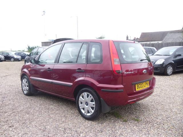 used 2003 ford fusion estate red edition 1 4 2 5dr with petrol for sale in nuneaton uk autopazar. Black Bedroom Furniture Sets. Home Design Ideas