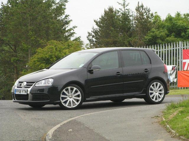 used volkswagen golf 2008 petrol 3 2 v6 r32 4motion hatchback black manual for sale in turrif uk. Black Bedroom Furniture Sets. Home Design Ideas