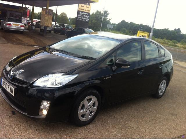 used toyota prius 2010 hybrid 1 8 vvti t3 5dr hatchback black with car immobiliser for sale. Black Bedroom Furniture Sets. Home Design Ideas