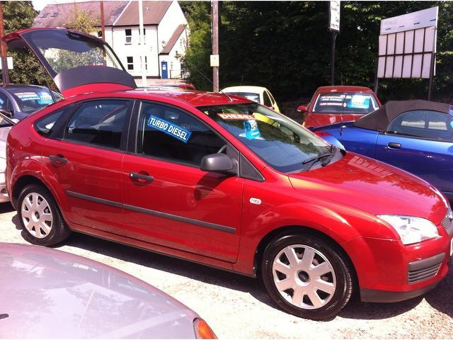 Used Ford Focus 2006 Red Colour Diesel 1.8 Tdci Lx 5 Door ...