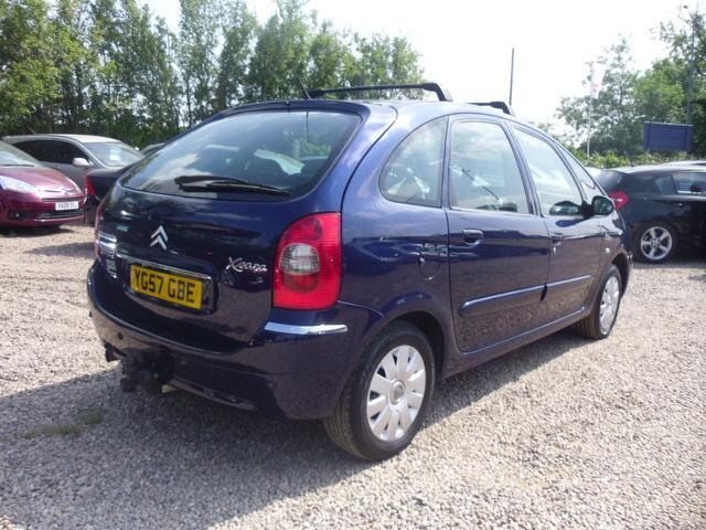 used citroen xsara 2007 diesel picasso 1 6 hdi 92 estate blue edition for sale in nuneaton uk. Black Bedroom Furniture Sets. Home Design Ideas