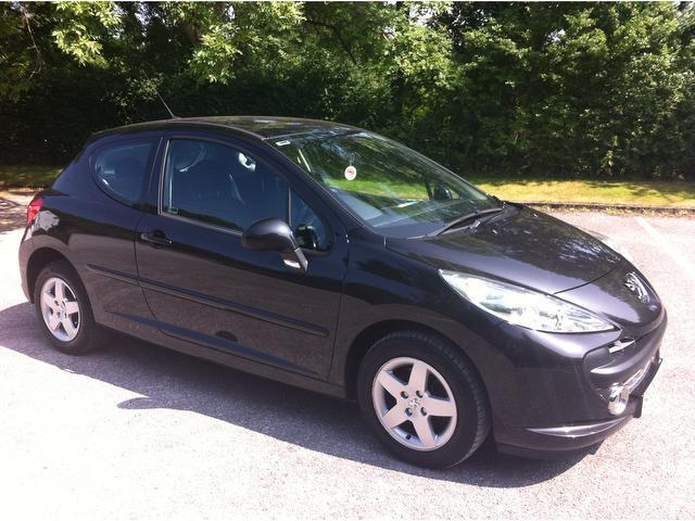 used peugeot 207 2008 petrol 1 4 vti sport 95 hatchback black edition for sale in stoke on. Black Bedroom Furniture Sets. Home Design Ideas