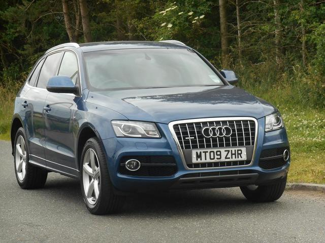 used audi q5 2009 diesel 2 0 tdi quattro s 4x4 blue with traction control for sale autopazar. Black Bedroom Furniture Sets. Home Design Ideas