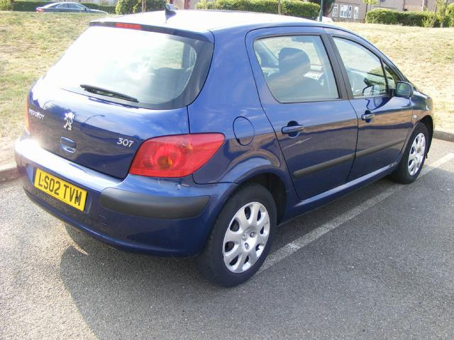 used 2002 peugeot 307 hatchback 1 4 lx 5dr ac petrol for sale in wembley uk autopazar. Black Bedroom Furniture Sets. Home Design Ideas