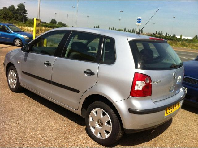 Used Volkswagen Polo 1.4 Twist 5 Door Auto Hatchback Silver 2005 Petrol for Sale in UK