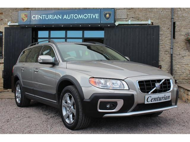 used gold volvo xc70 2009 diesel d5 se lux 5dr estate in great condition for sale autopazar. Black Bedroom Furniture Sets. Home Design Ideas