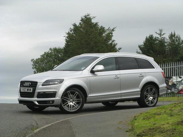 used audi q7 3 0 2007 diesel tdi quattro 240 4x4 silver. Black Bedroom Furniture Sets. Home Design Ideas