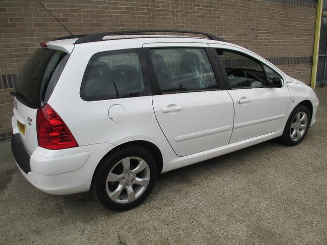 used peugeot 307 2006 white paint diesel 1 6 hdi 90 s. Black Bedroom Furniture Sets. Home Design Ideas