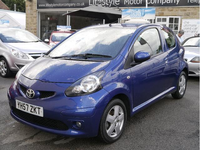used toyota aygo 2007 petrol 1 0 vvt i blue 3dr hatchback with electric windows for sale autopazar. Black Bedroom Furniture Sets. Home Design Ideas