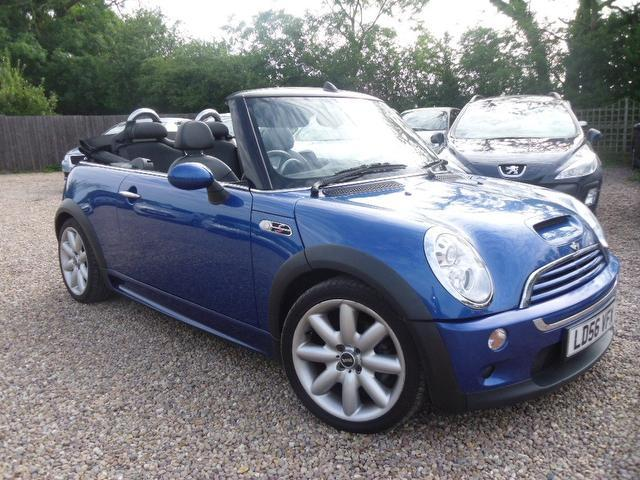 used mini convertible car 2006 blue petrol 1 6 cooper s 2 door for sale in nuneaton uk autopazar. Black Bedroom Furniture Sets. Home Design Ideas