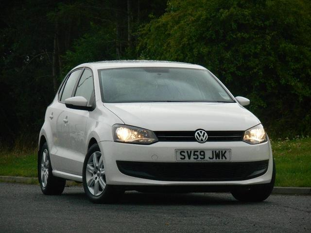 Used Volkswagen Polo 2010 White Hatchback Diesel Manual for Sale
