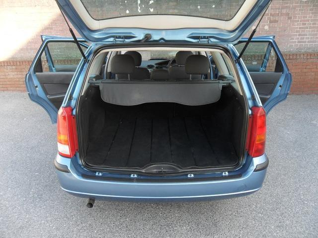 used ford focus 2002 petrol 1 6 lx 5dr estate blue edition for sale in southampton uk autopazar. Black Bedroom Furniture Sets. Home Design Ideas