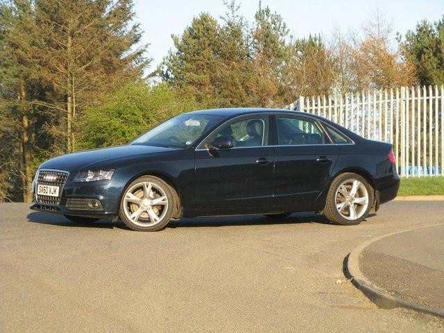 Used Audi A4 2.0 Tdie 136 Technik Saloon Blue 2010 Diesel for Sale in UK