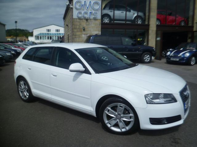 used audi a3 2010 white paint diesel 2 0 tdi sport 5dr. Black Bedroom Furniture Sets. Home Design Ideas
