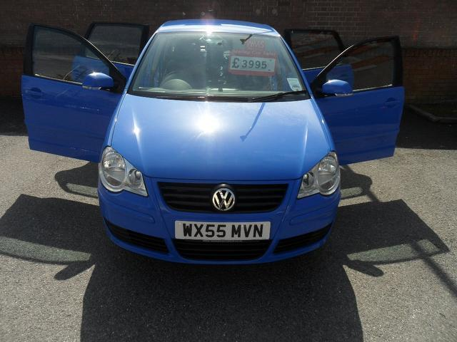 Used Volkswagen Polo 1.4 Se 75 5 Door Hatchback Blue 2005 Petrol for Sale in UK