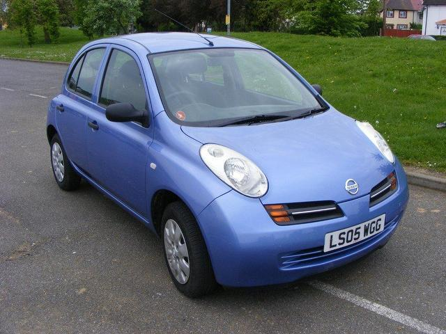 used nissan micra 2005 petrol 1 2 s 5dr auto hatchback blue automatic for sale in wembley uk. Black Bedroom Furniture Sets. Home Design Ideas