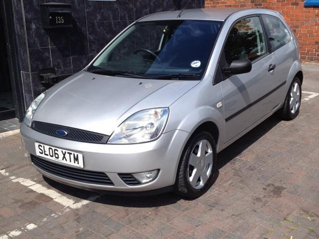 used ford fiesta 2006 diesel 1 4 tdci zetec 3dr hatchback. Black Bedroom Furniture Sets. Home Design Ideas