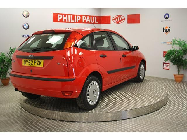 used 2002 ford focus hatchback 1 6 flight 5dr low petrol for sale in oswestry uk autopazar. Black Bedroom Furniture Sets. Home Design Ideas