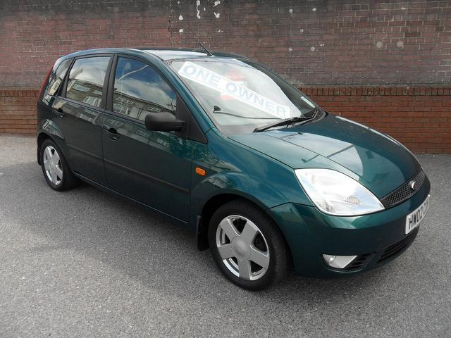used ford fiesta 2002 model 1 4 zetec 5dr includes petrol. Black Bedroom Furniture Sets. Home Design Ideas