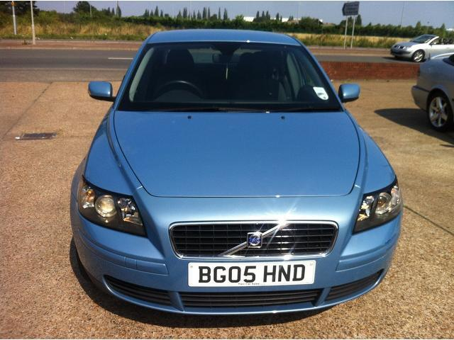 Used Blue Volvo S40 2005 Petrol 1.8 S 4dr Saloon In Great Condition For Sale - Autopazar