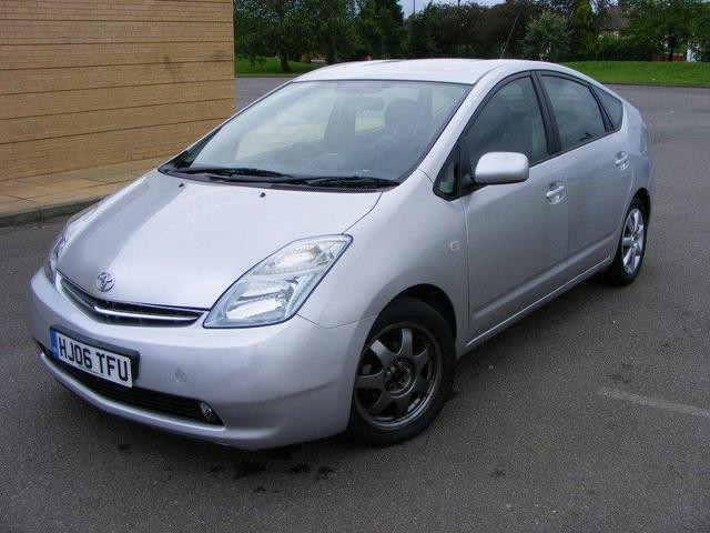 used toyota prius cars for sale on auto trader. Black Bedroom Furniture Sets. Home Design Ideas