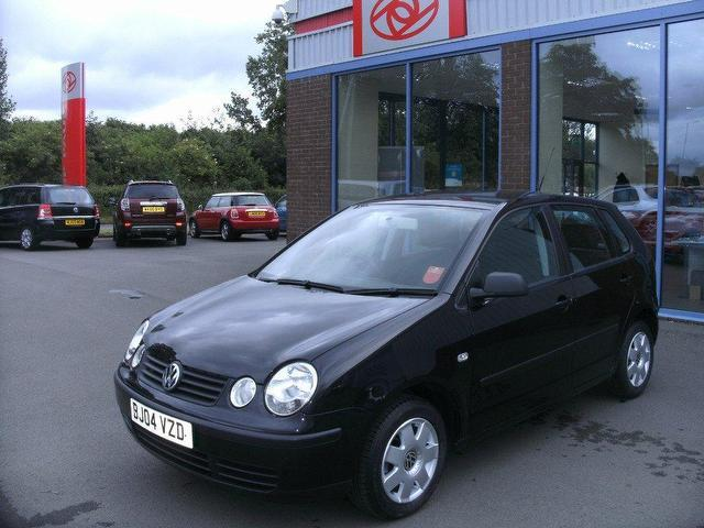 used volkswagen polo 2004 petrol 1 4 twist 5dr auto. Black Bedroom Furniture Sets. Home Design Ideas