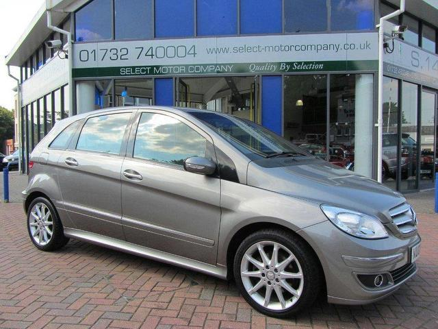 Used mercedes benz 2008 diesel class b200 cdi se hatchback for Used mercedes benz diesel for sale