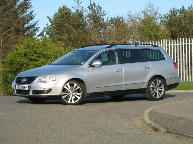 used volkswagen passat 2009 diesel 2 0 sport tdi cr estate silver manual for sale in turrif uk. Black Bedroom Furniture Sets. Home Design Ideas