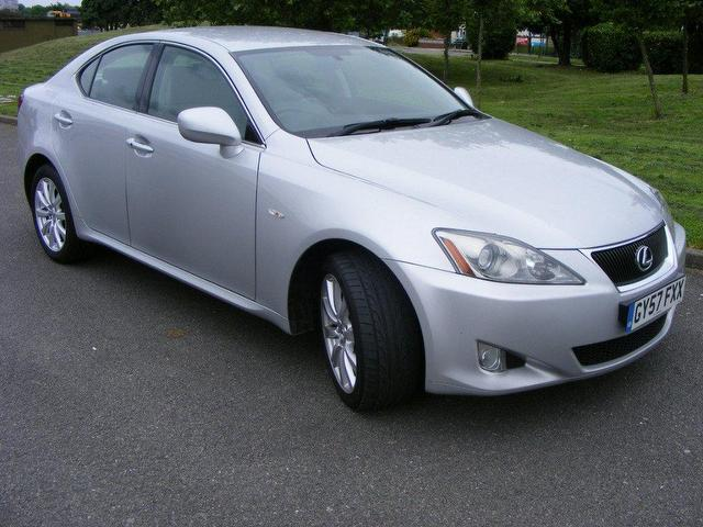 used lexus is 2007 diesel 220d se 4dr built in saloon silver manual for sale wembley uk autopazar. Black Bedroom Furniture Sets. Home Design Ideas