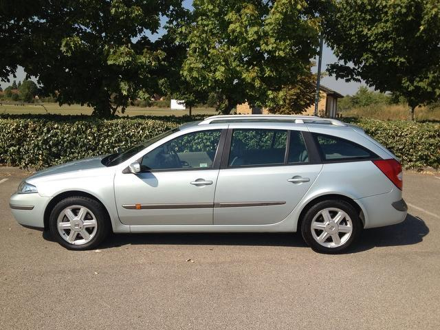 Used Renault Laguna 1.8 16v Expression 5 Door Estate Grey 2004 Petrol for Sale in UK