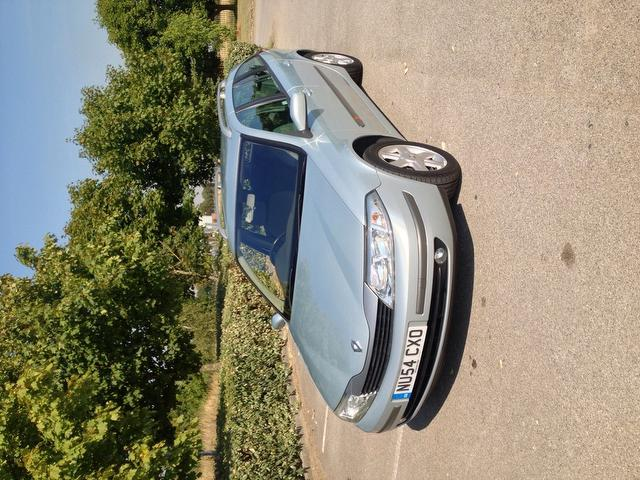 Used Renault Laguna 2004 Grey Estate Petrol Manual for Sale