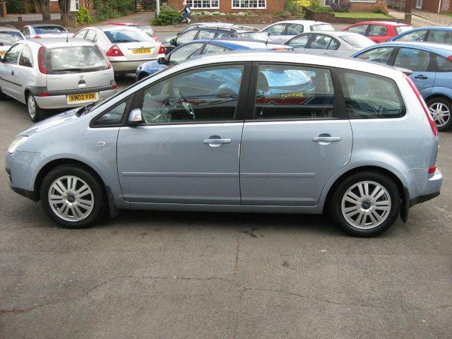 used ford focus 2004 diesel c max 2 0 tdci ghia estate silver manual for sale in sittingbourne. Black Bedroom Furniture Sets. Home Design Ideas