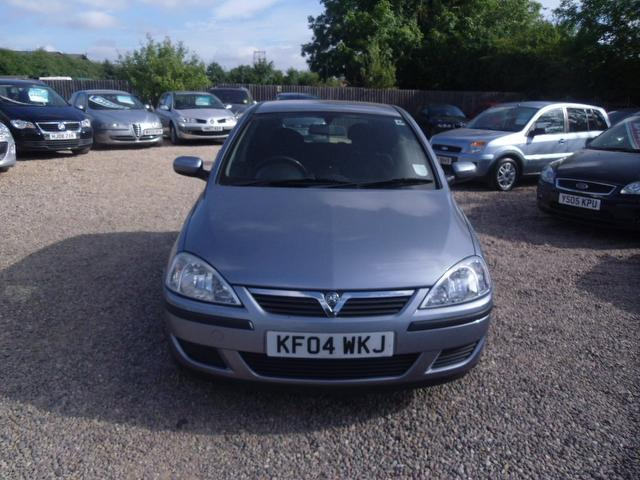 used silver vauxhall corsa 2004 diesel 1 3 cdti energy 5dr hatchback excellent condition for. Black Bedroom Furniture Sets. Home Design Ideas